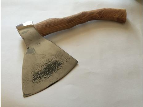 Топор мясницкий  (рукоять ясень)